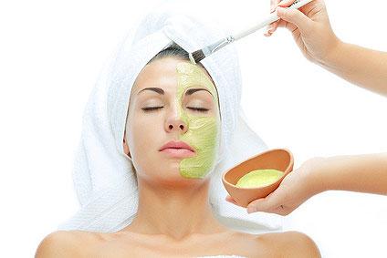 aloe-vera-facial-mask-woman.jpg